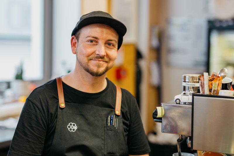 rsz_andrew_phillips_-_revolver_espresso