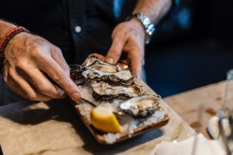 shucker brothers oysters