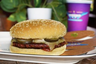BurgerFuel Alternative Muscle burger